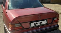 Mercedes-Benz E 230 1992 года за 1 250 000 тг. в Караганда – фото 4