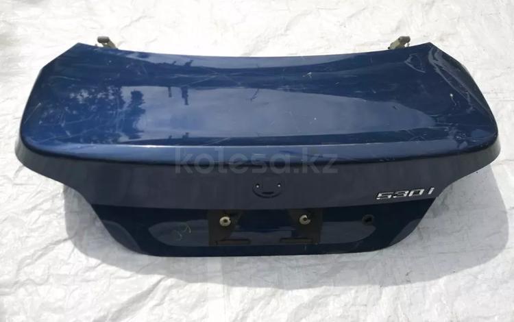 Крышки багажника БМВ е60 за 25 000 тг. в Алматы