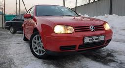 Volkswagen Golf 2001 года за 3 100 000 тг. в Алматы