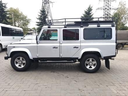 Land Rover Defender 2014 года за 22 800 000 тг. в Алматы – фото 5