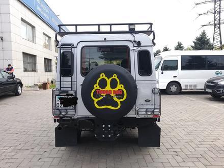 Land Rover Defender 2014 года за 22 800 000 тг. в Алматы – фото 6