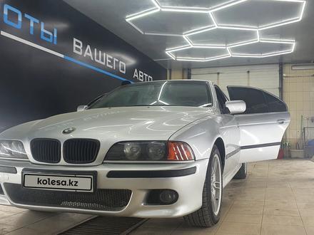 BMW 528 1998 года за 3 400 000 тг. в Атырау – фото 3