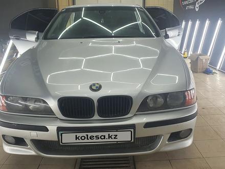 BMW 528 1998 года за 3 400 000 тг. в Атырау – фото 5