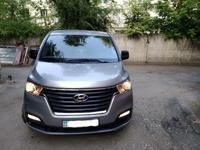 Hyundai H-1 2019 года за 14 000 000 тг. в Алматы