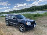 Jeep Grand Cherokee 2005 года за 3 250 000 тг. в Уральск – фото 2