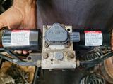 Блок (гидроаккумулятор) KDSS на Toyota Land Cruiser Prado150 за 100 000 тг. в Тараз