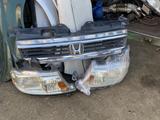 Передние фары и Решётка Радиатор Honda Stepwgn (2001-2005) за 80 000 тг. в Алматы – фото 4