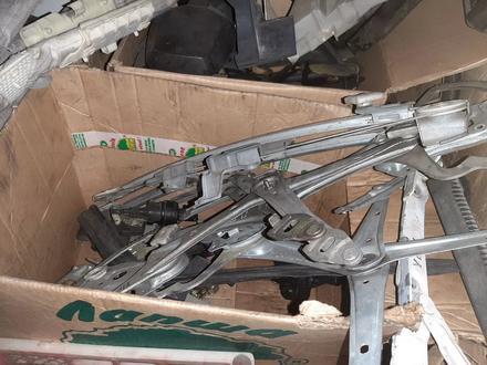 Стеклоподъемник за 10 000 тг. в Караганда – фото 2