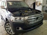 Комплект рестайлинг Toyota Land Cruiser 200 за 750 000 тг. в Алматы