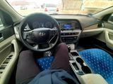 Hyundai Sonata 2015 года за 6 300 000 тг. в Жанаозен – фото 3