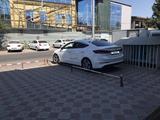 Hyundai Elantra 2016 года за 6 800 000 тг. в Шымкент – фото 2