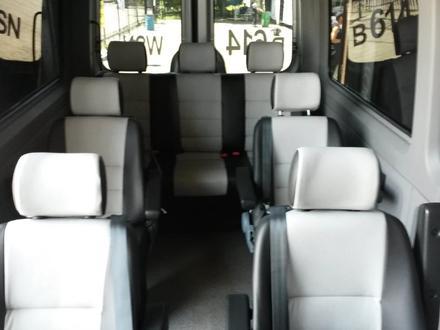 Прокат микроавтобусов в Алматы – фото 4