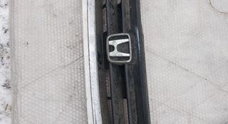 Решетка радиатора Honda cr-v rd1 за 15 000 тг. в Усть-Каменогорск