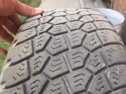 Хорошие шины в отличном состояний за 40 000 тг. в Алматы – фото 2