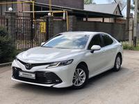 Toyota Camry 2018 года за 11 000 000 тг. в Алматы