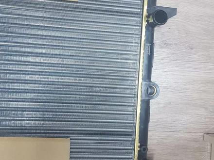 Радиатор охлаждения Шаран 2.8 в Актобе