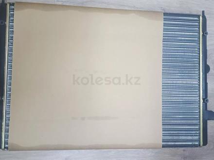 Радиатор охлаждения Шаран 2.8 в Актобе – фото 2