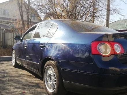 Volkswagen Passat 2006 года за 3 500 000 тг. в Алматы – фото 4
