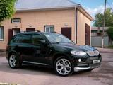 BMW X5 2007 года за 7 000 000 тг. в Актобе – фото 4