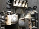 Блок абс на камри х8 06060е за 55 000 тг. в Алматы – фото 2