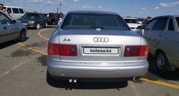 Audi A8 1999 года за 1 650 000 тг. в Уральск – фото 2