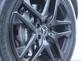 Комплект шин pirelli с оригинальными дисками от g63amg за 950 000 тг. в Алматы – фото 2