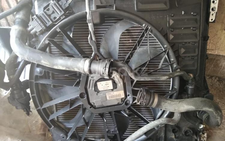 Радиатор с вентелятором всборе за 100 000 тг. в Алматы