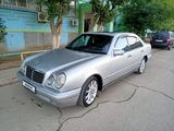 Mercedes-Benz E 320 1998 года за 3 800 000 тг. в Атырау – фото 4