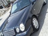 Mercedes-Benz E 240 1999 года за 3 100 000 тг. в Шымкент
