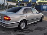 BMW 528 1997 года за 2 300 000 тг. в Шымкент – фото 3