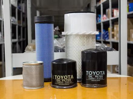 Запчасти Toyota — вилочные погрузчики, кары в Алматы