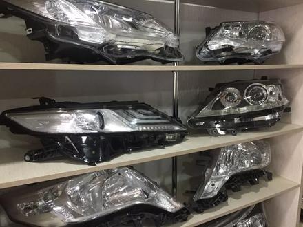 Фара левая Toyota Camry 70 за 300 000 тг. в Костанай – фото 3