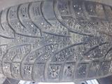 Зимний шины с дисками 215/60R16 за 60 000 тг. в Экибастуз – фото 5