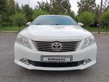 Toyota Camry 2012 года за 8 500 000 тг. в Шымкент – фото 2