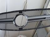 Передняя решетка радиатора mercedes gla x-156 2014 за 100 000 тг. в Алматы