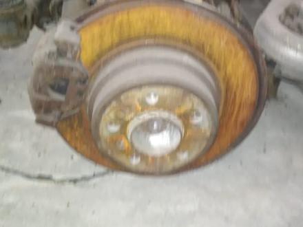 Ступица (кулак цапфа) задний на BMW X5 E53 3.0об за 15 000 тг. в Алматы – фото 2
