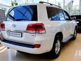 Toyota Land Cruiser 2020 года за 27 570 000 тг. в Актобе – фото 5