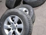 Диски R17 на Toyota LC Prado Шины 265/65/R17 Nokian HKPL5 Зима за 230 000 тг. в Алматы – фото 2