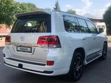 Toyota Land Cruiser 2021 года за 37 500 000 тг. в Алматы – фото 3