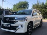 Toyota Land Cruiser 2021 года за 37 500 000 тг. в Алматы – фото 4