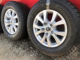 R 18 диски тойота LC200 с резиной 285-60-18 Bridgestone зима 4шт new за 355 000 тг. в Алматы – фото 3