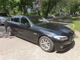 BMW 523 2010 года за 6 900 000 тг. в Усть-Каменогорск – фото 2