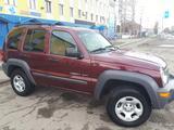 Jeep Liberty 2003 года за 3 000 000 тг. в Усть-Каменогорск – фото 2