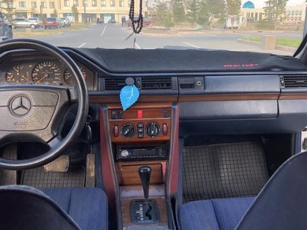 Mercedes-Benz E 300 1990 года за 1 200 000 тг. в Алматы