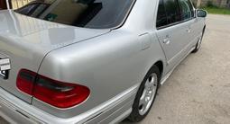 Mercedes-Benz E 500 2001 года за 5 500 000 тг. в Алматы – фото 5