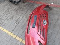 Тойота Камри 40 передний бампер за 80 000 тг. в Алматы
