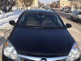 Opel Astra 2011 года за 2 750 000 тг. в Караганда – фото 2