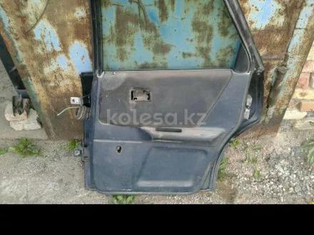 Дверь Audi 80 b3 за 15 000 тг. в Караганда – фото 3