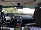 Mercedes-Benz C 180 1993 года за 1 550 000 тг. в Семей – фото 3