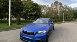 BMW 550 2013 года за 14 500 000 тг. в Алматы – фото 2